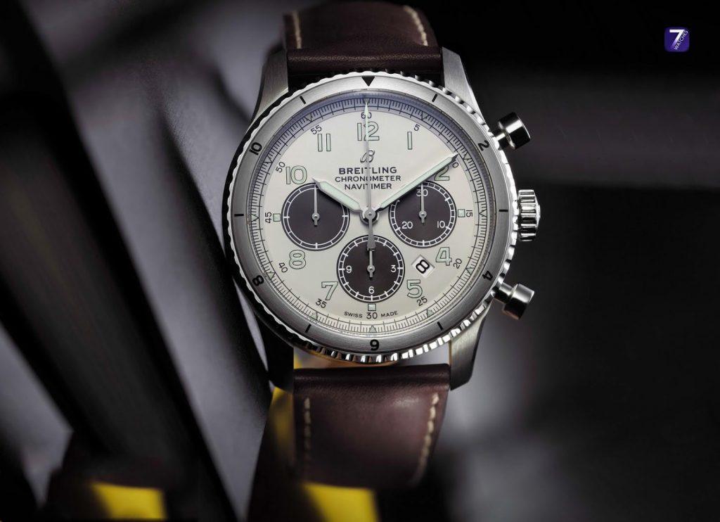Replica horloges BREITLING NAVITIMER Aviator 8 B01 Chronograph 43 Edition